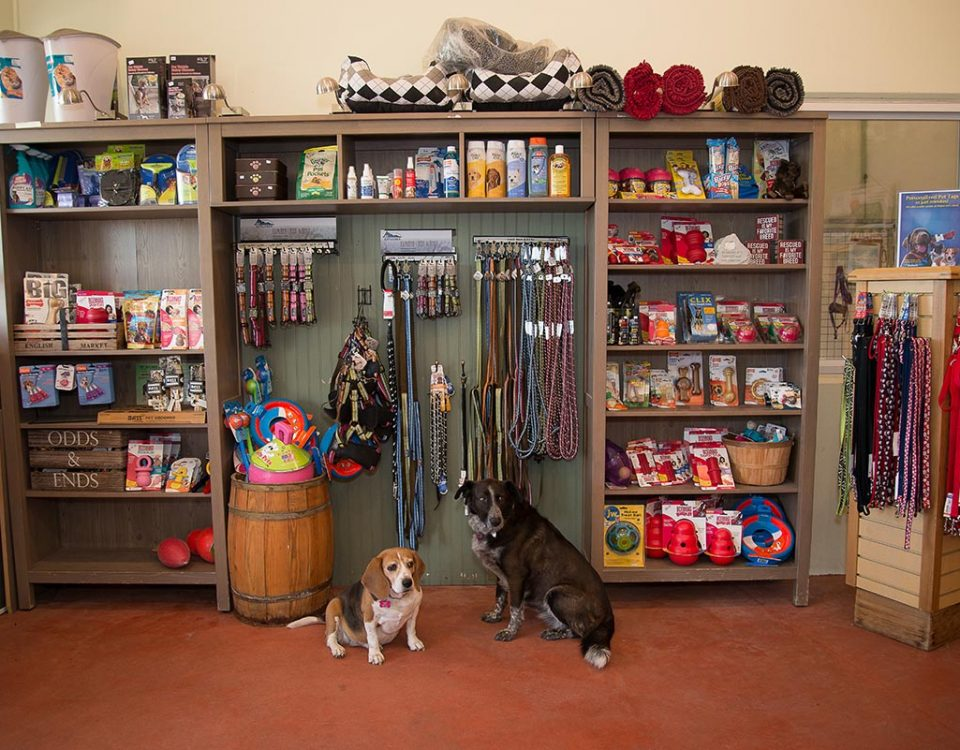 Old MacDonald Kennel store